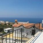 вилла с видом на море в Есентепе