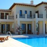 Иностранцы покупают недвижимость на Кипре рекордными темпами