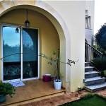 dom-v-sotire-ayia-kipr-garden11