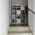 dom-v-sotire-ayia-kipr-stairs2